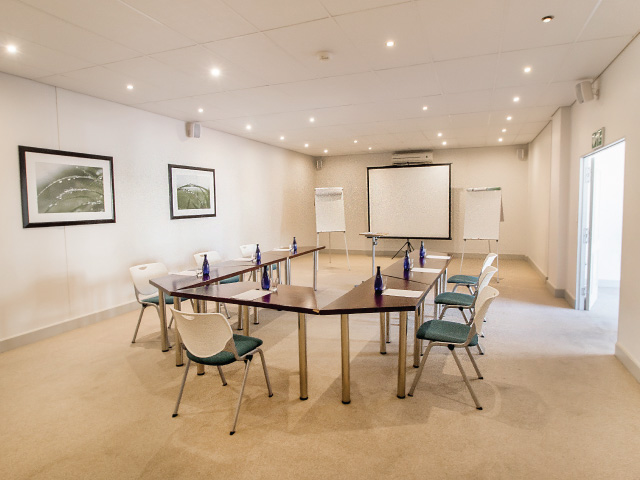 vnl-events-harbour-house-hotel-conference-room